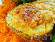 Пълнен печен картоф със сирене, извара, чесън и копър на фурна